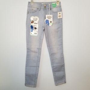 NWT WannaBettaButt YMI mid rise ankle jeans